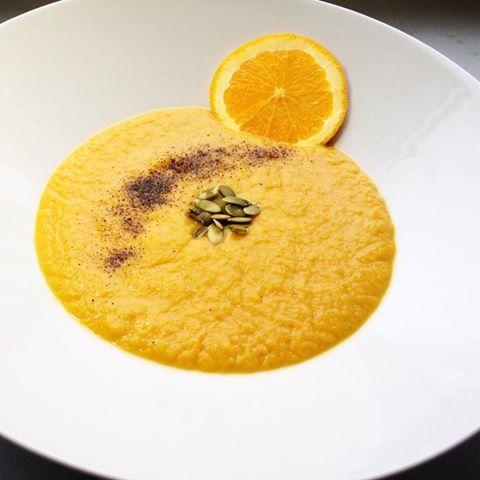 Zupa krem z batatów i pomarańczy